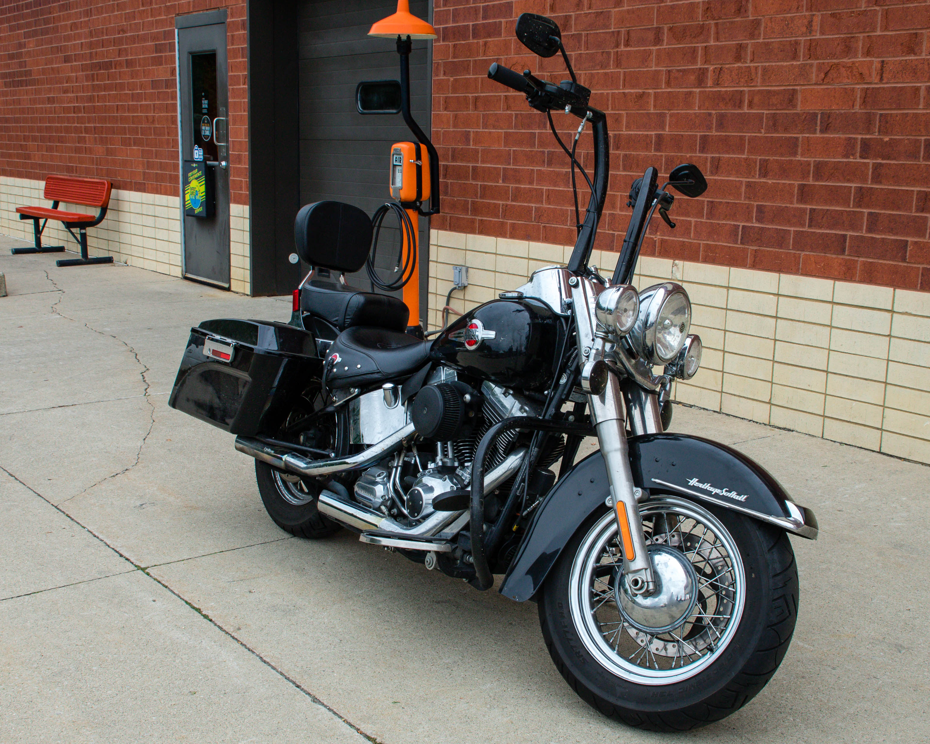 Pre-Owned 2016 Harley-Davidson Heritage Softail Classic