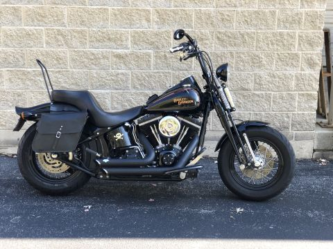 Pre-Owned 2009 Harley-Davidson Cross Bones