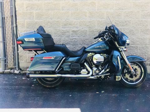 Pre-Owned 2014 Harley-Davidson Ultra Limited